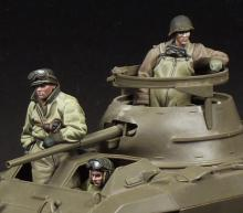 M8 Greyhound Crew (3 figures)